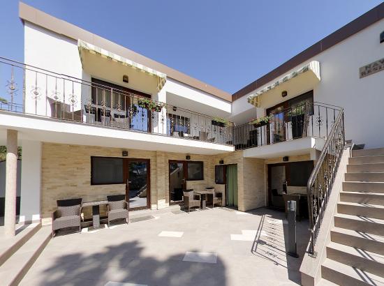 Vila Navona Residence