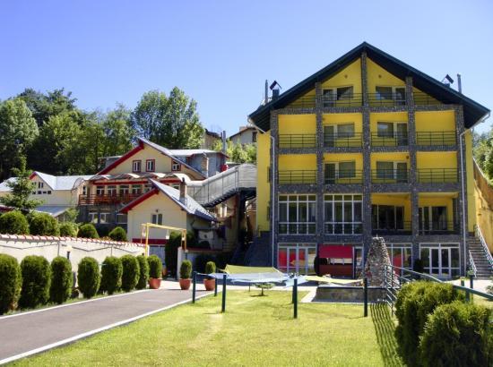 Complex turistic Mona Caraiman