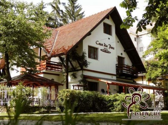 Pensiunea - Restaurant Casa din Parc
