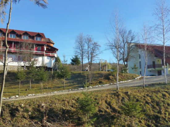 Complex turistic Plaiul Domnesc - Bianca