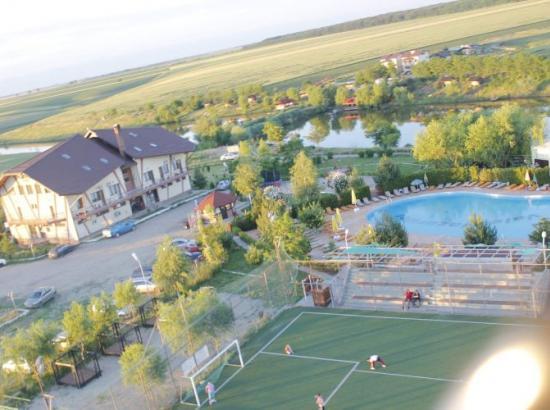 Complex turistic Valea Iazurilor