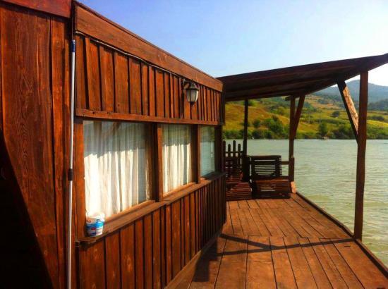 Pensiunea Belvedere Yachtclub