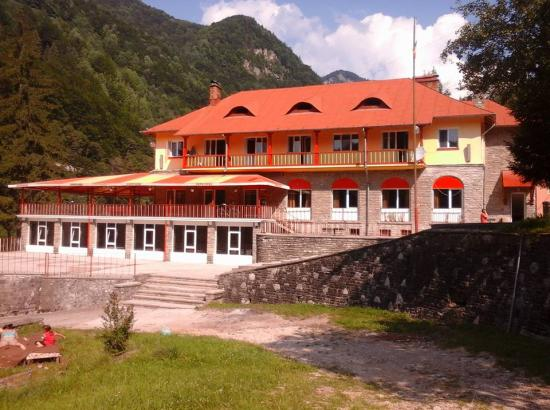 Complex turistic - Tabara Caprioara