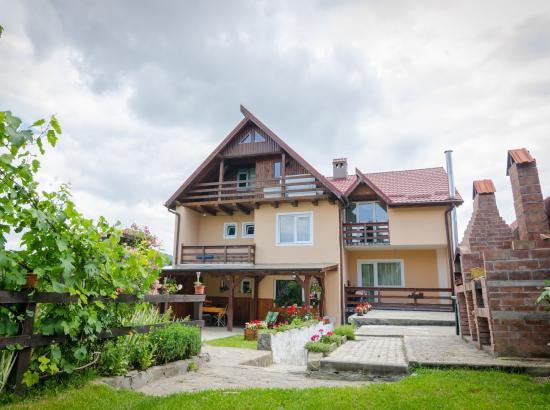 Casa Valea Larga