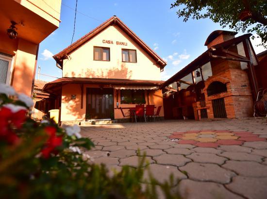 Casa Banu